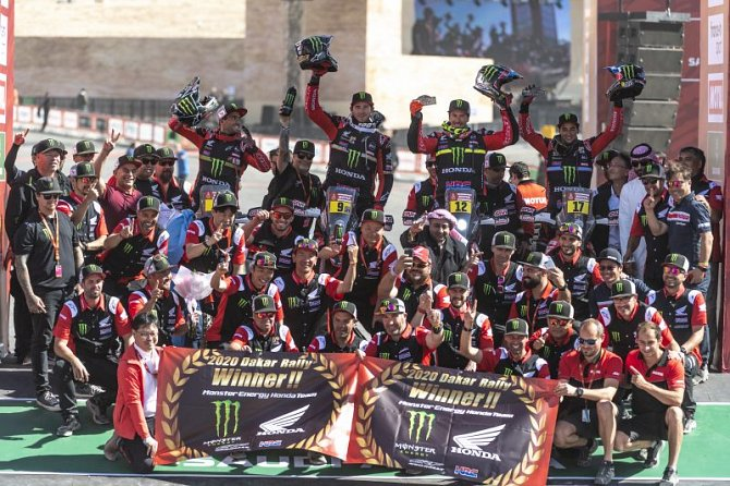 How One Honda Associate Helped Win at Dakar